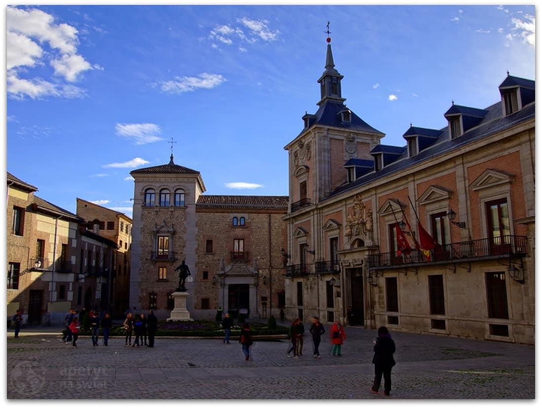 Madryt, Casa de la Villa orazplac Plaza de la Villa