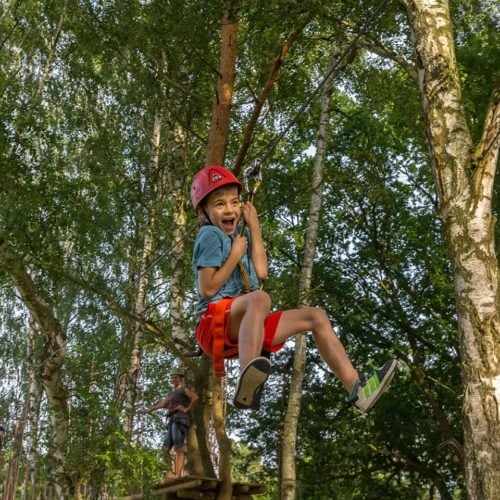 Młodzi Odkrywcy - park linowy