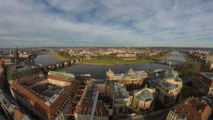 Drezno - panorama miasta z rzeką Łabą