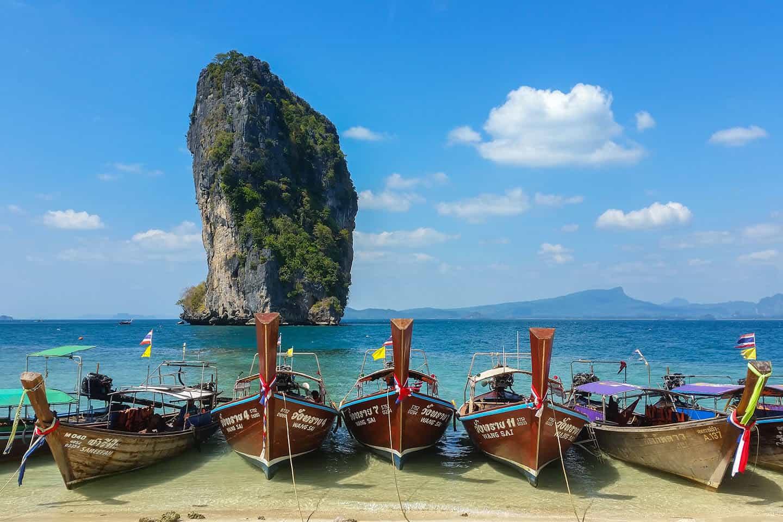 Tajlandia - plaża, longtail boat