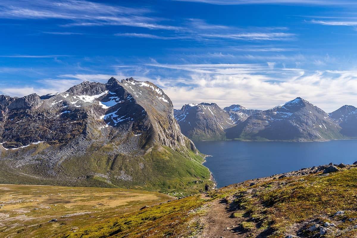 Skamtinden, oklice Tromso, widok ze szlaku na Brosmetinden