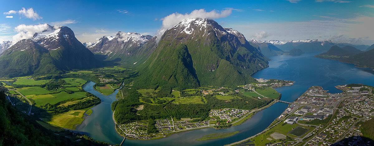 Panorama z wędrówki granią Romsdalseggen