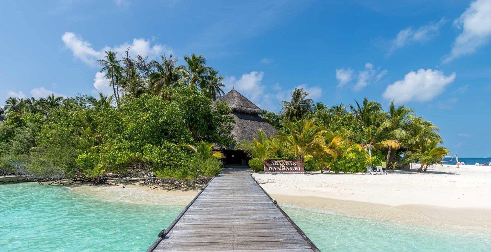 Malediwy, rajska wyspa, domek naplaży