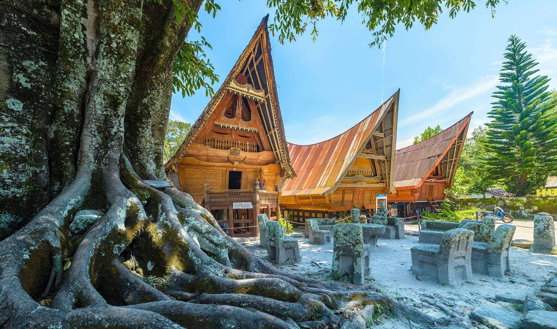 Tradycyjne domy Bataków nawyspie Samosir