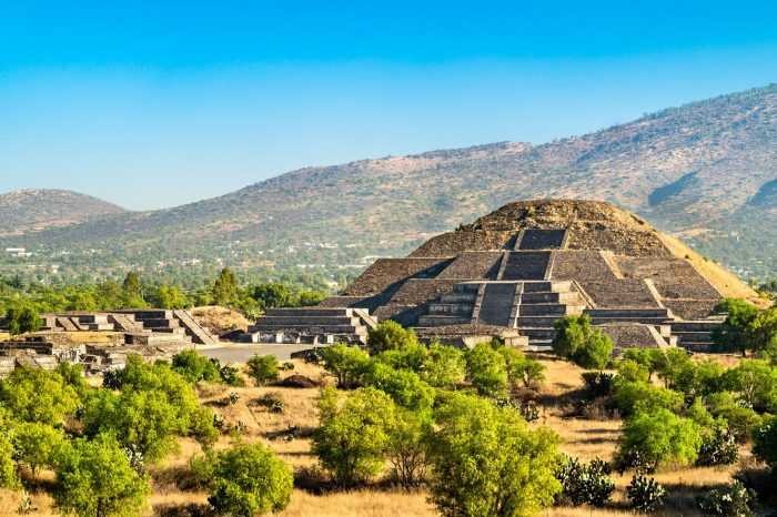 Meksyk – królestwo Azteków, sombrero itequili