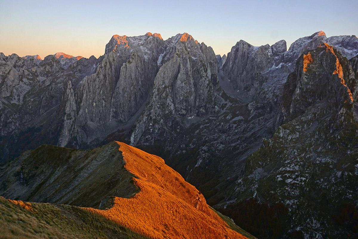 Zachód słońca wGórach Przeklętych - Czarnogóra