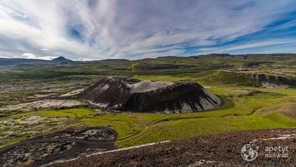 Kratewr wulkanu naIslandii